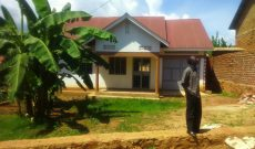 House for sale in Kitende Entebe road