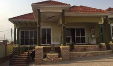 House for sale in Kira 650m