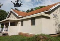 House for sale in Mbuya on 1 acre for 650,000 USD