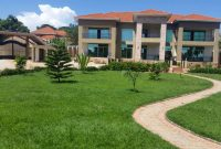 House for sale in Entebbe with 6 bedrooms