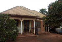 3 Bedroom house for sale in Gayaza makenke