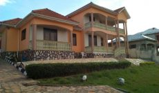 House for sale in Akright Entebbe raod 400m