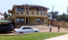 6 bedroom house for sale in Lutembe 650,000 USD