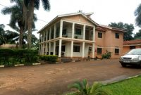 Guesthouse for sale in Kisaasi 850m