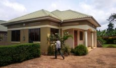 3 bedroom house for sale in Gayaza 140m