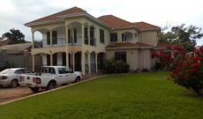 5 bedroom house for sale in Munyonyo 1.6 bn