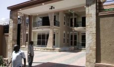 5 Bedroom house for sale in Bunga at 415,000 USD