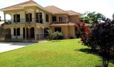 4 bedroom house for sale in Munyonyo 270,000 USD
