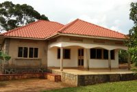 3 Bedroom house for sale in Mukono Kabembe 250m on 2 acres