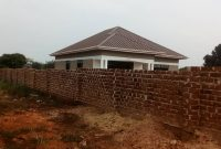 3 bedroom house for sale in Busiika at 110m