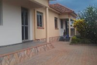 2 bedroom house for rent in Kyaliwajjala 650,000 shillings