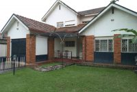 3 bedroom house for sale in Muyenga 700m