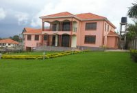 6 Bedroom house for sale in Lubowa at 600,000 USD