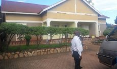4 bedroom house for sale in Bukoto on 20 dec at 550m