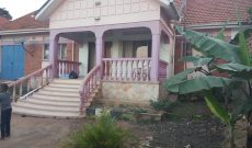4 bedroom house for sale in Bukoto 300,000 USD