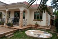 3 bedroom house for sale in Kira at 160m