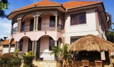 5 bedroom house for sale in Bukoto 18 decimals at 300,000 USD