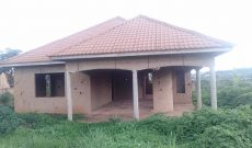 3 bedroom house for sale in Kitende at 78m