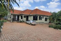 4 bedroom house for sale in Lubowa at 300,000 USD