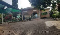 4 bedroom house for sale in Lubowa on 30 decimals at 250,000 USD