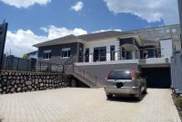 4 bedroom house for sale in Namugongo Sonde at 300m