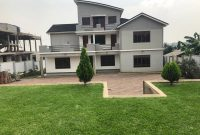 5 bedroom house for sale in Kira on 40 decimals at 850m