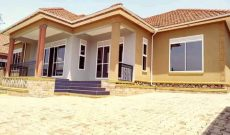 4 bedroom house for sale in Kira at 430m