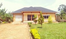 3 bedroom house for sale in Kira 20 decimals at 250m