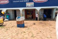 4 shops and six rentals for sale in Gayaza 1.2m monthly at 170m