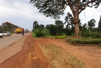 8 acres commercial land for sale in Namanve Jinja road at 350m each