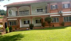 5 bedroom house for sale in Kololo on half acre at 1.3m USD