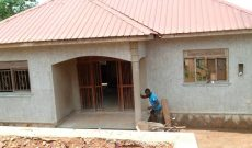 2 bedroom house for sale in Namugongo Sonde at 100m