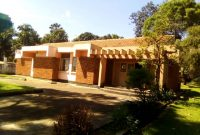 4 Bedroom house for sale in Bugolobi 44 decimals at 700,000 USD