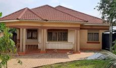 3 bedroom house for sale in Nangabo Kasangati at 150m