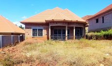4 bedroom shell house for sale in Kira at 170m