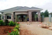 3 bedroom house for sale in Garuga on 50x100ft at 270m