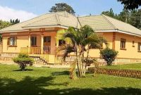 5 bedroom house for sale in Gayaza Dundu on 1 acre at 320m