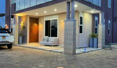 4 bedroom house with swimming pool for sale in Kyanja at 550m