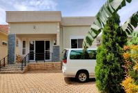 3 bedroom house for sale in Munyonyo 450m shillings