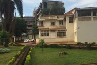 Old house for sale in Kololo on 70 decimals at 1.5m US Dollars