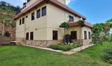 5 bedroom house with a lake view for sale in Buziga at 1.2 billion shillings