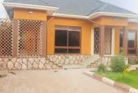 3 bedroom house for rent in Najjera Buwate going for 1.7m shillings monthly