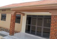 3 bedroom house for rent in Bukoto at 1.8m shillings
