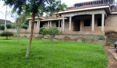 4 bedroom shell house for sale in Naguru on 43 decimals at $600,000