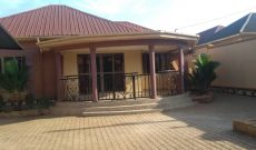 3 bedroom house for sale in Kitagobwa at 185m