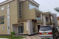 7 bedroom house for sale in Munyonyo with a swimming pool at $700,000