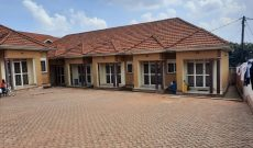 Executive rentals for sale in Rubaga 6m monthly 800m