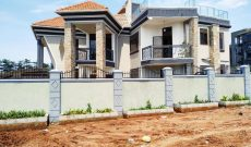 7 bedroom house for sale in Kyanja with pool at 1.6 billion shillings