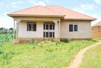3 bedroom house for sale in Kiwango going for 90m