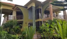 5 bedroom house for sale in Naalya at 950m